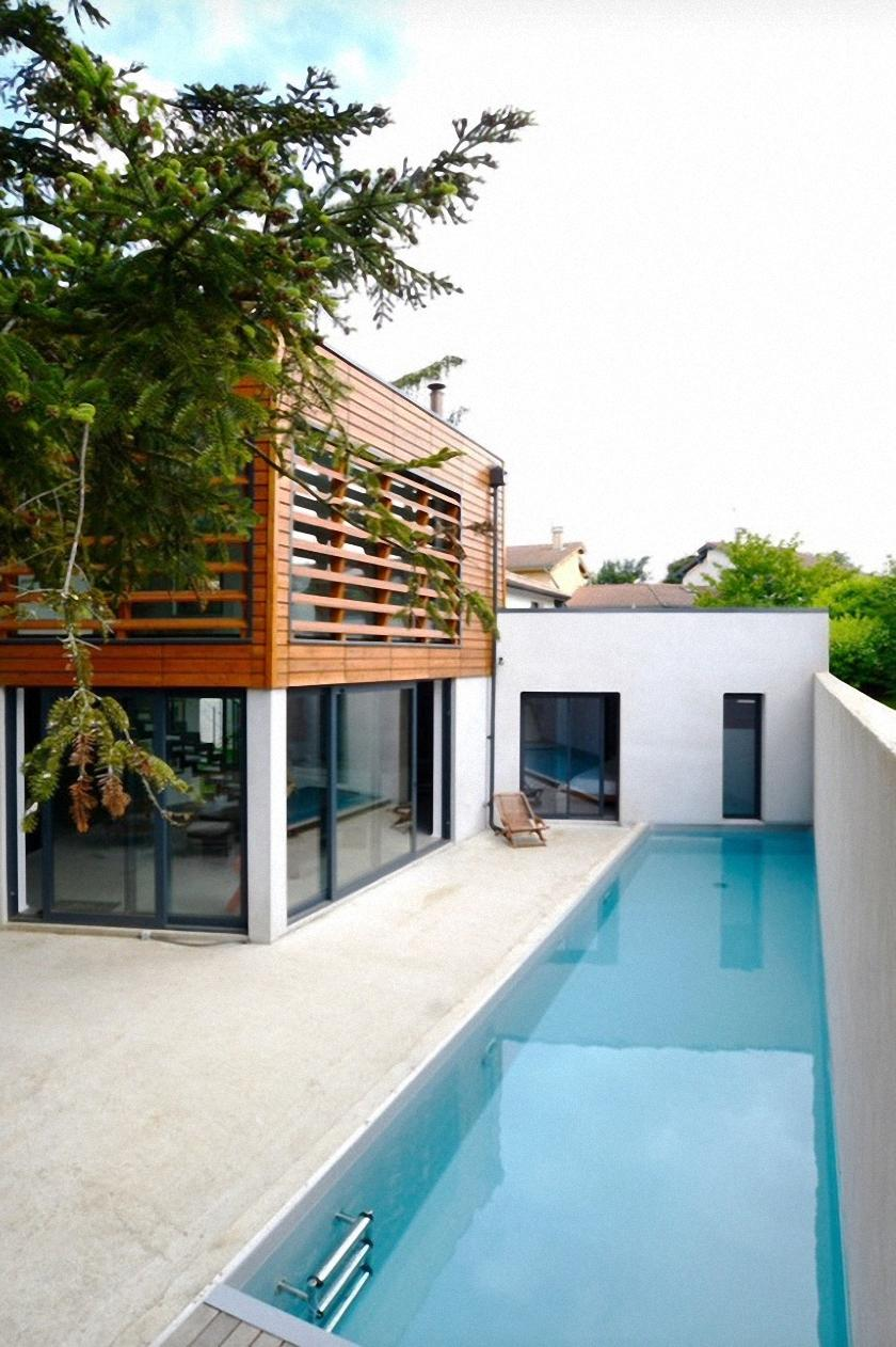 luxury house swimmingpool tree