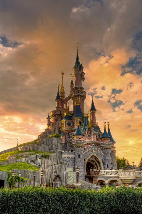 castillos disney paris