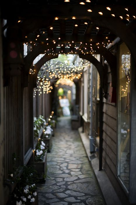pretty alleyway