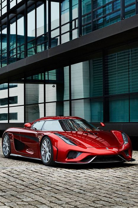 red koenigsegg regera sportscar speed drive wheel reflection
