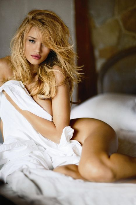 rosie huntington whiteley pretty sexy bed happy smile hair blonde