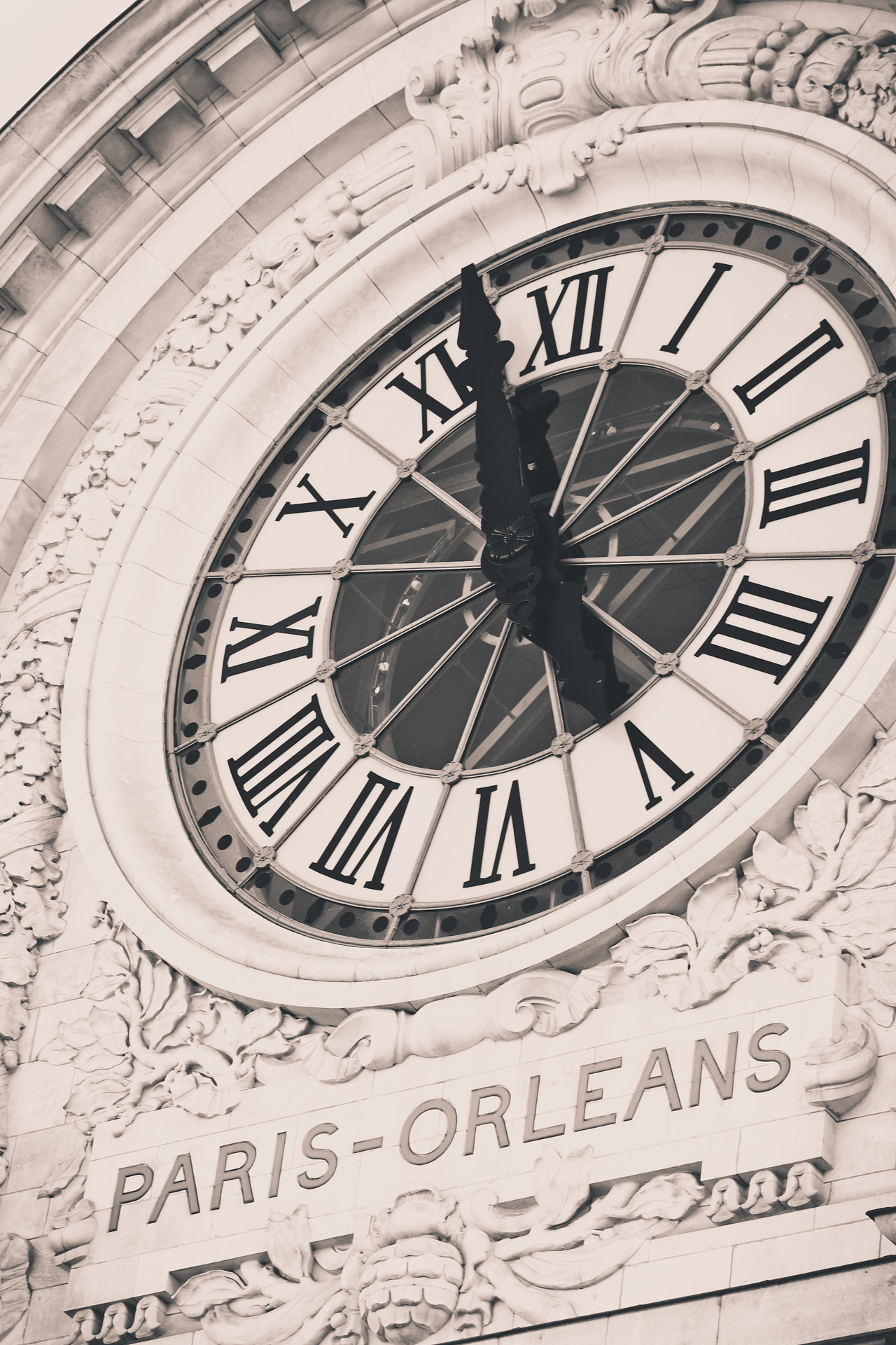 clock paris topography tip west world time circle map clock earth globe