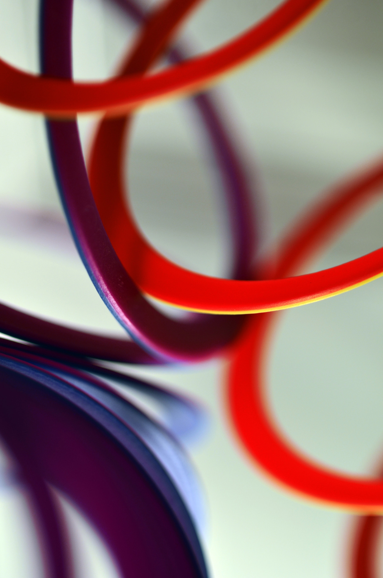 macro rings colorful red violet background