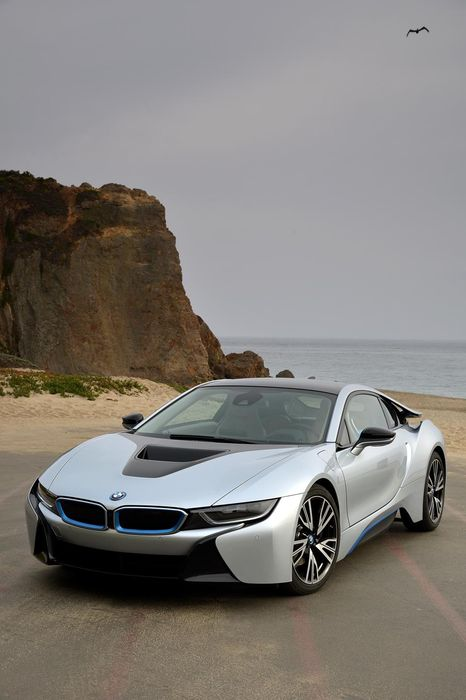 bmw i8 supercar coupe sportscar grey beach electric