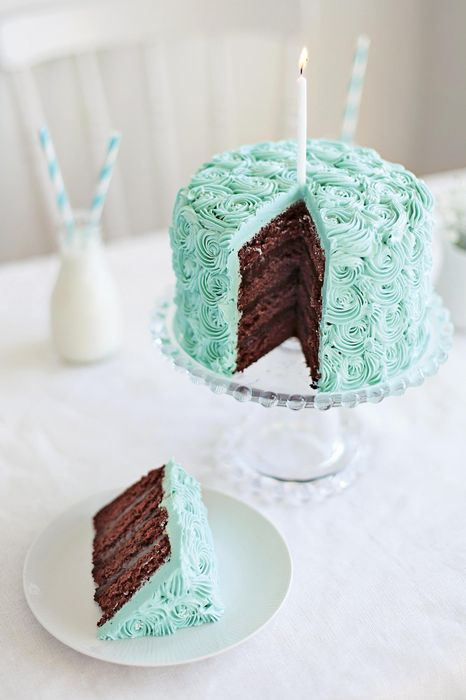 cake cyan food delicious dessert sweet plate snack meal cream