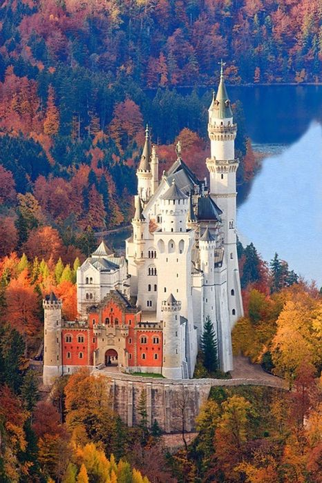 neuschwanstein castle germany autumn