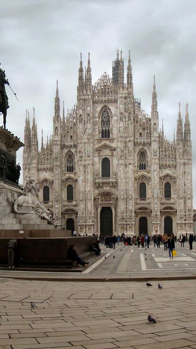 milan italy cathedral church gothic religion historic landmark tourism