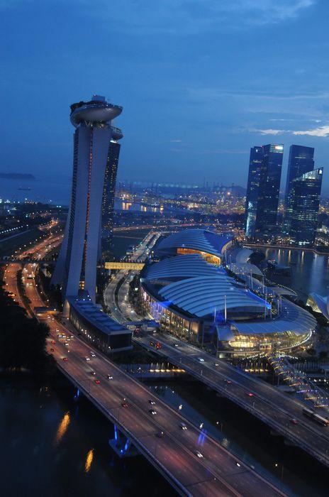 singapore city lighhts traffic hotel