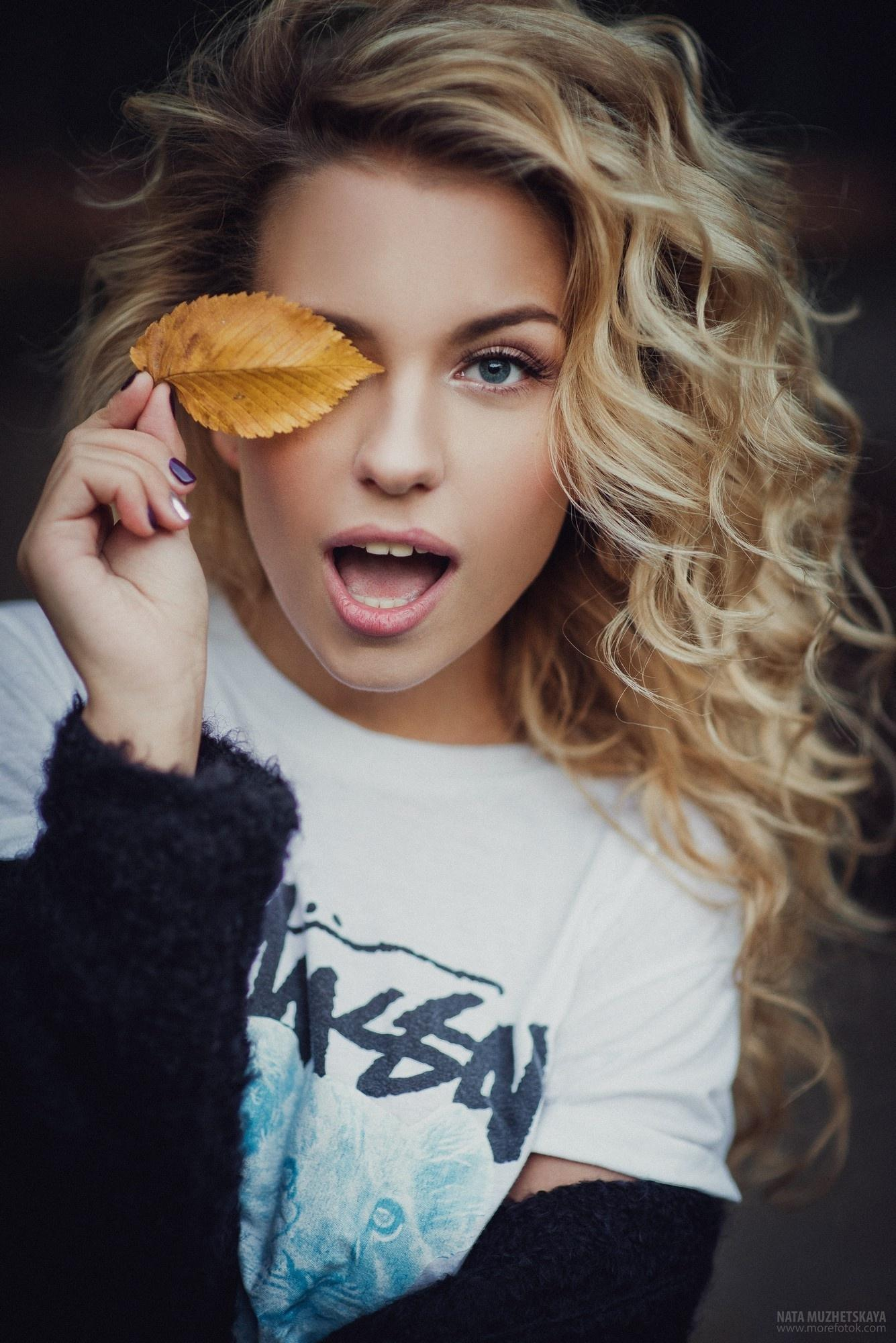 blonde girl nata muzhetskaya fashion portrait glamour pretty sexy young model eye hair lips beautiful skin face