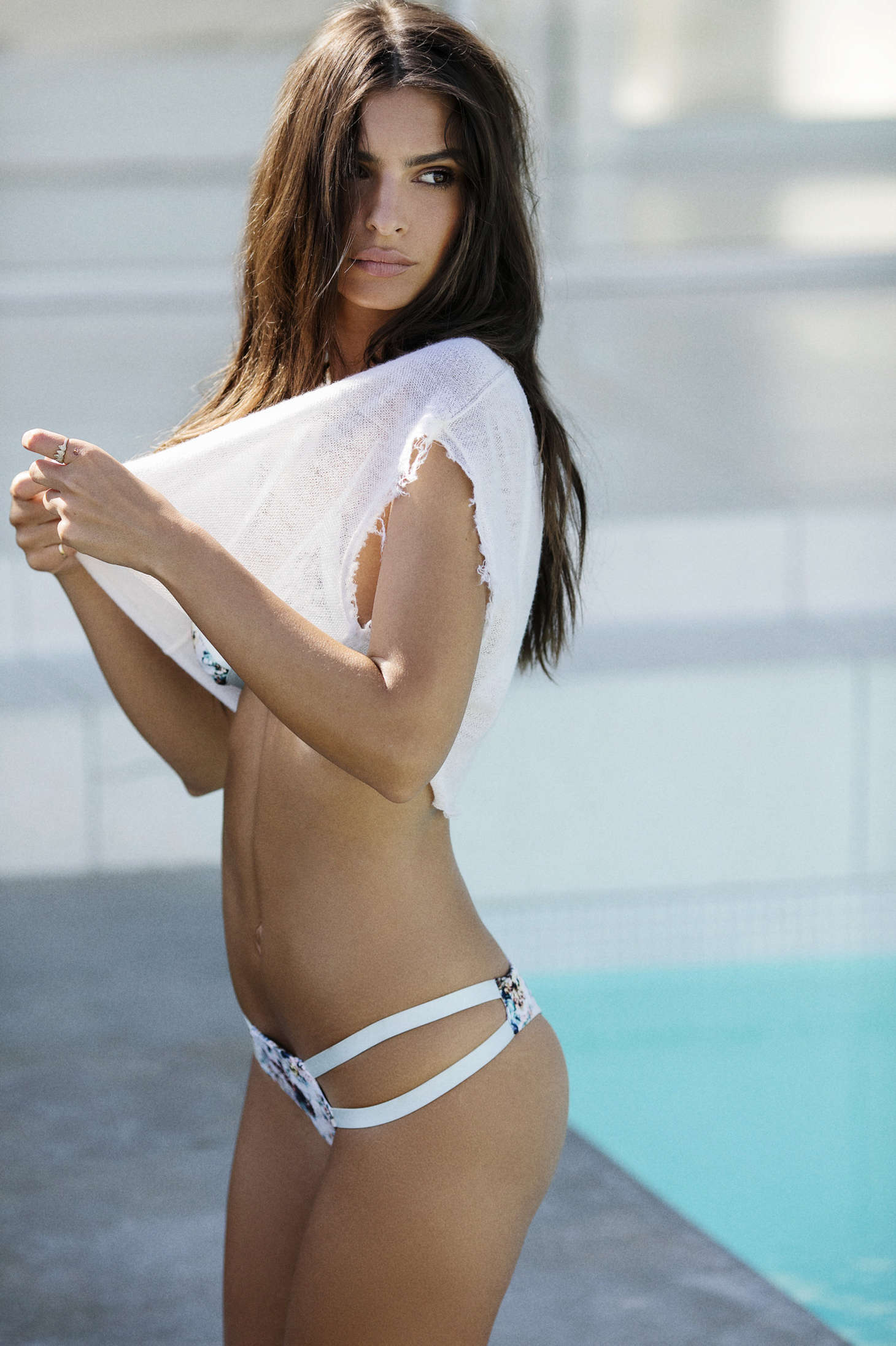 ratajkowski emily girl bikini beach sexy fashion model summer lingerie water