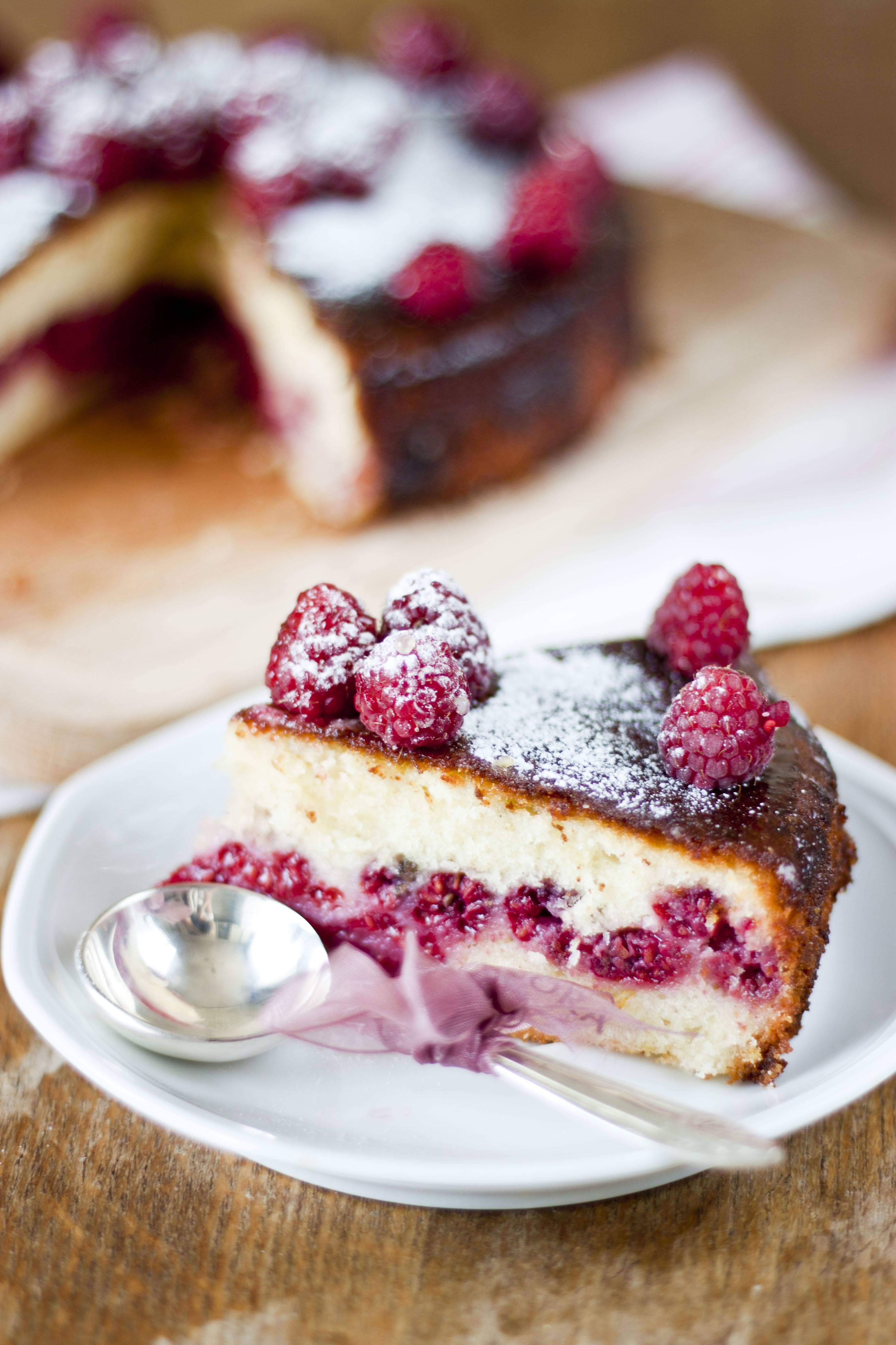 cake sweet cream pastry berry chocolate sugar fruit food raspberry bakery